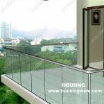 Frameless glass railing -- U channel and toughen glass